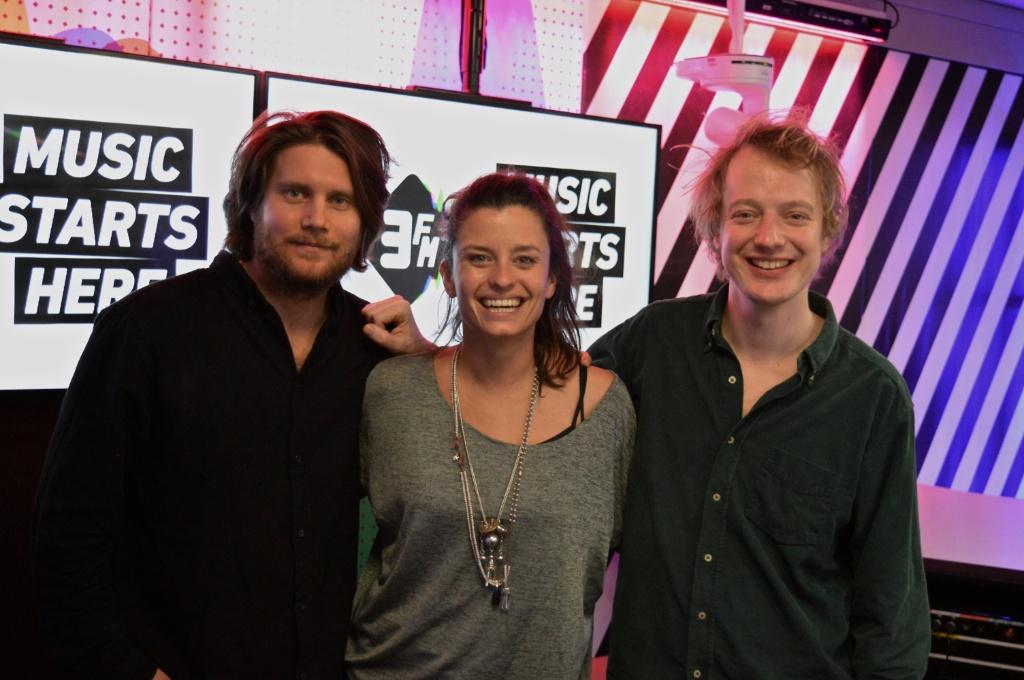 Kijk terug: Weval co-host in 3voor12 Radio